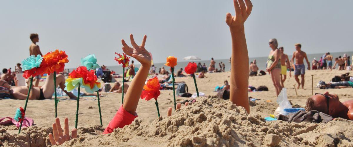 Kinderen spelen in het zand | © iStock