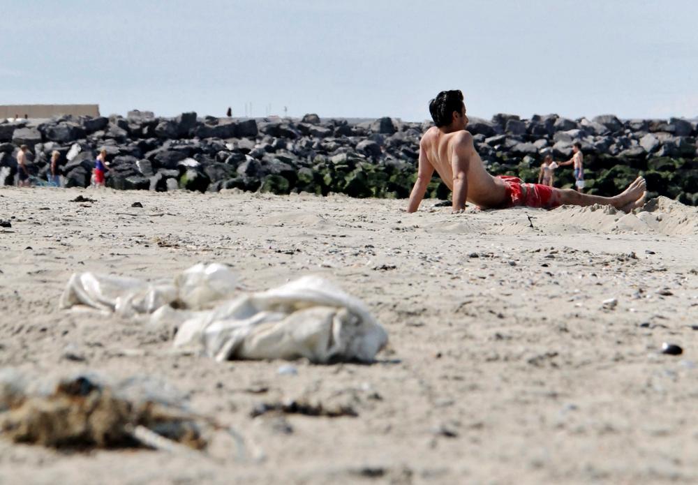 Afval op het strand | © VLIZ, Leontien De Wulf